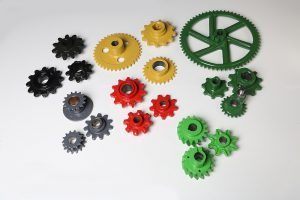 Screws, Nuts and Gears for Agricultural Machinery